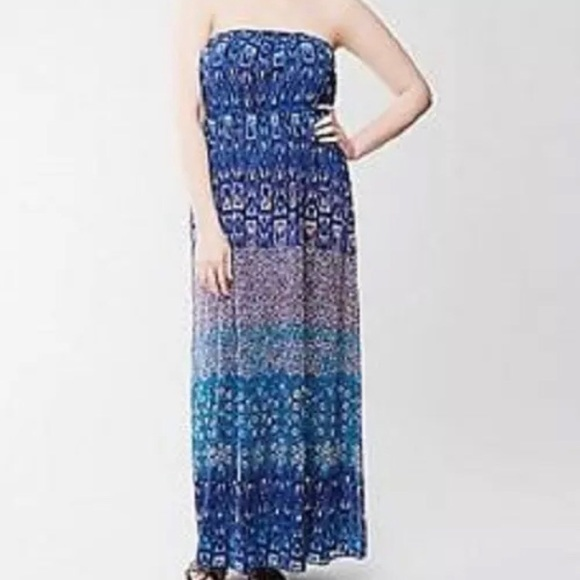d0b2ac2cc89 Lane Bryant Dresses   Skirts - LANE BRYANT Maxi Dress Tube Strapless Blue  Coral